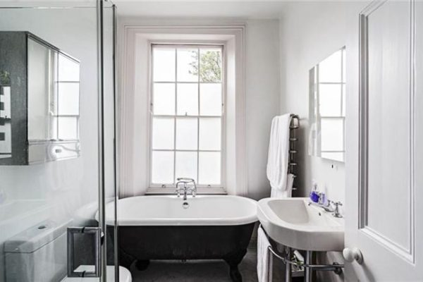 Monochrome bathroom styled by Absolute Project Management