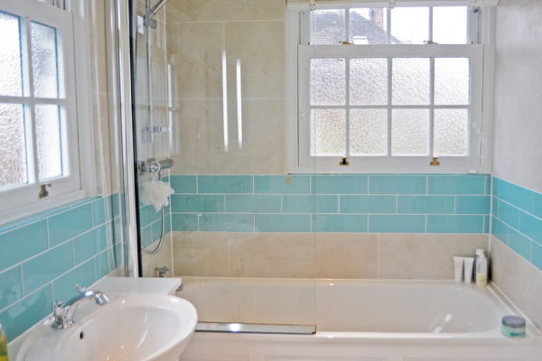 Bathroom renovation London Absoluteprojectmanagement