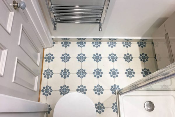 Canonbury bathroom tiles