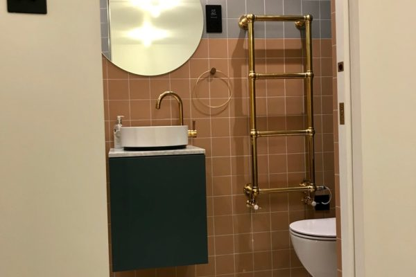 Ensuite bathroom styled by Absolute Project Management