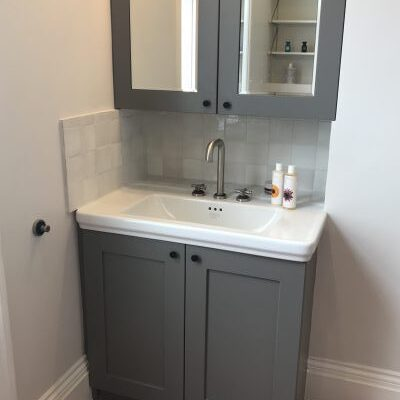 Bathroom-cabinetry-600x400