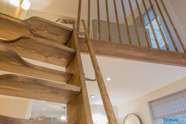 Paddle steps styled by Absolute Project Management